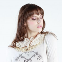 Classical Lace Cape