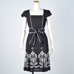 Country flower dress
