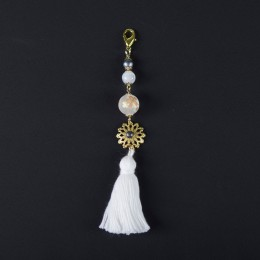 White and Gold Cherry Tassel MACCESSORY