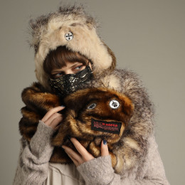 Monster Eco Fur Snood