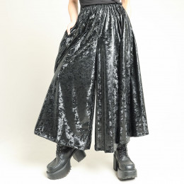 Glossy material wide pants