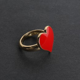 Queen of Hearts Gold Ring / 10