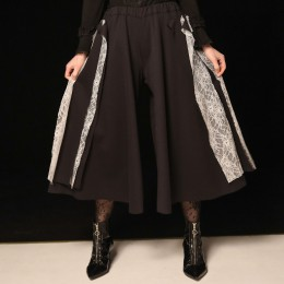 Decorative wide pants